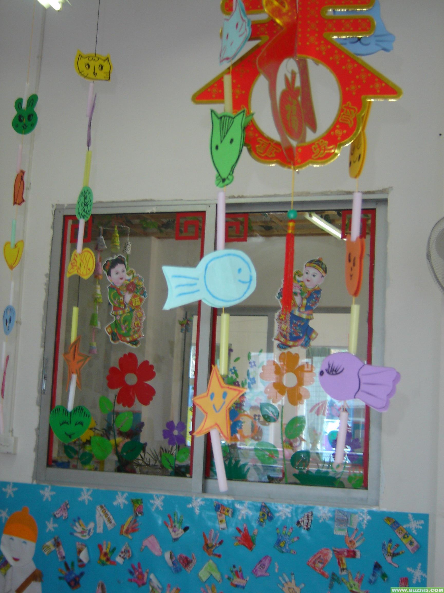 幼儿园新年门窗布置图片大全